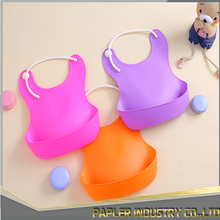 Factory Direct Supplier Easy Washing Rubber Silicone Adult Bids/ Convenient Bibs for baby