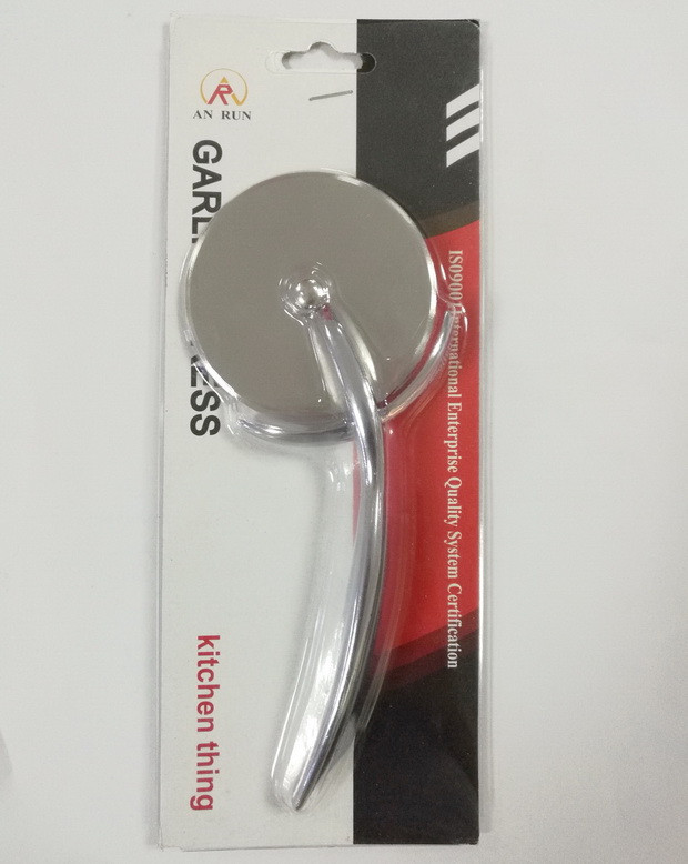 smart stainless steel pizza cutter