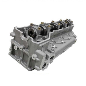 High Performance low price Auto Engine 4M40 complete cylinder head for Mitsubishi Pajero 4M40T ME202621