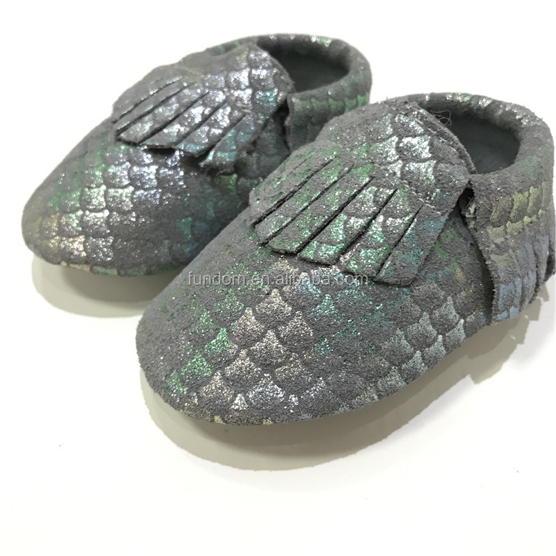 Wholesale Unique Metallic Mermaid Scales Genuine Leather Moccs Newborn Baby Girls Kids Boy Footwear Shoes