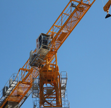Widely used 4ton Lifting Capacity QTZ4812 30m height Small Tower Crane Price