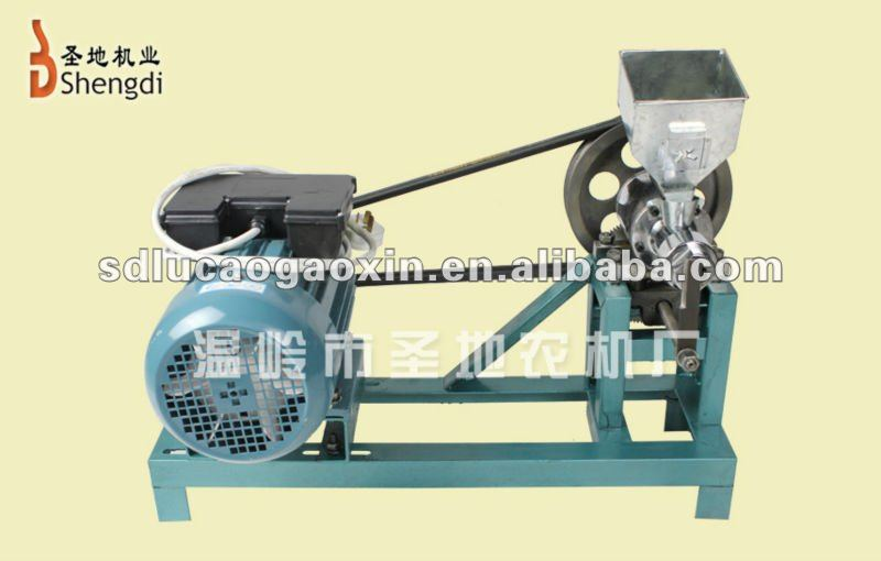 Corn puffed machine for crisp and cooked snack food