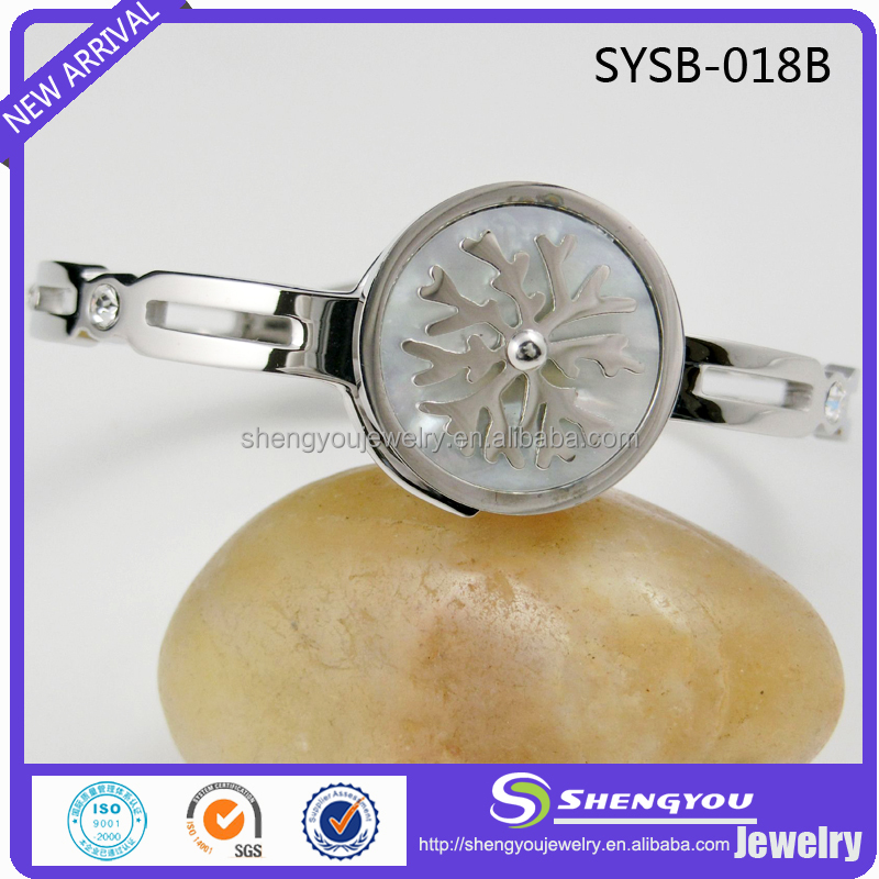 3 Tone Plated White Enamel Beautiful Snow Flake Pattern Stainless Steel Bangle