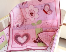 OEM all kinds of embroidery design baby quilt for baby girl