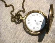 Jenia Vintage Eiffel Tower Necklace Pocket Watch PH01