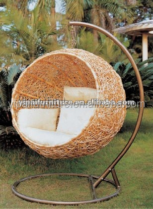 Outdoor Cheap Wicker Egg Swing Hanging Chair With Stand And Cushion Yps082