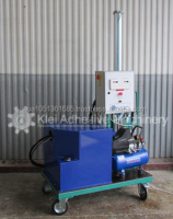KAM MACRO-VAN Mini movable mixing and metering machine for applying thixotropic polyurethane sealant