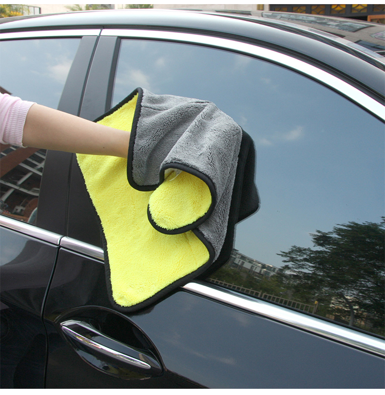 Customized 38 x 45 cm Plush Microfiber Detailling Towel For Car Wash