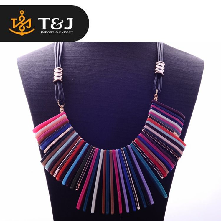 >>>Low Price New Style Fashion Multi Long Chain Colorful Exaggerated Tassel Plastic Slice Charm Necklace for Women Wholesale/