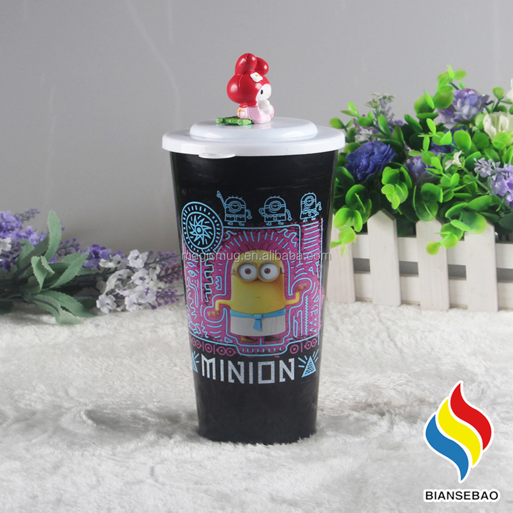 promotional gift plastic cup/mugs with a cartoon on lid