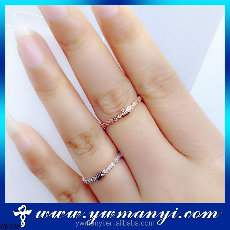 Latest design beauteous style cz stone nature diamond thin gold rings for women R0338