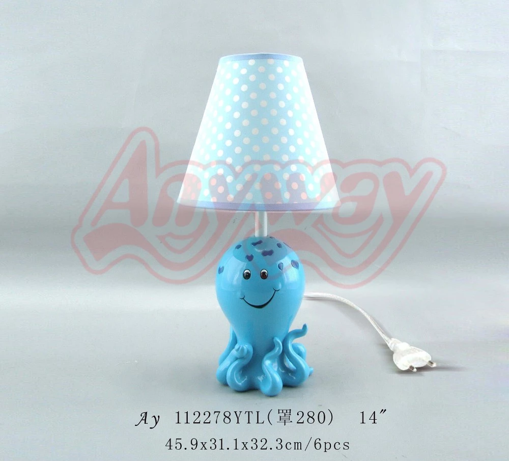 Modern simple design small butterfly table lamp for bedroom