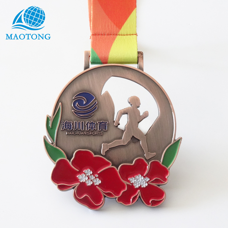 China factory price promotion custom cheap metal souvenir running medals hanger display