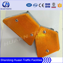 Expressway used road barrier reflector