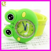 Funny frog silicone rubber wristband watch with your customized logo and color