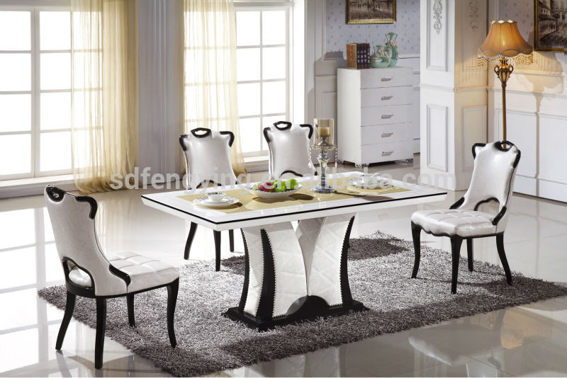 Italian modern marble dining tables set buy marble top for Salle a manger table baroque
