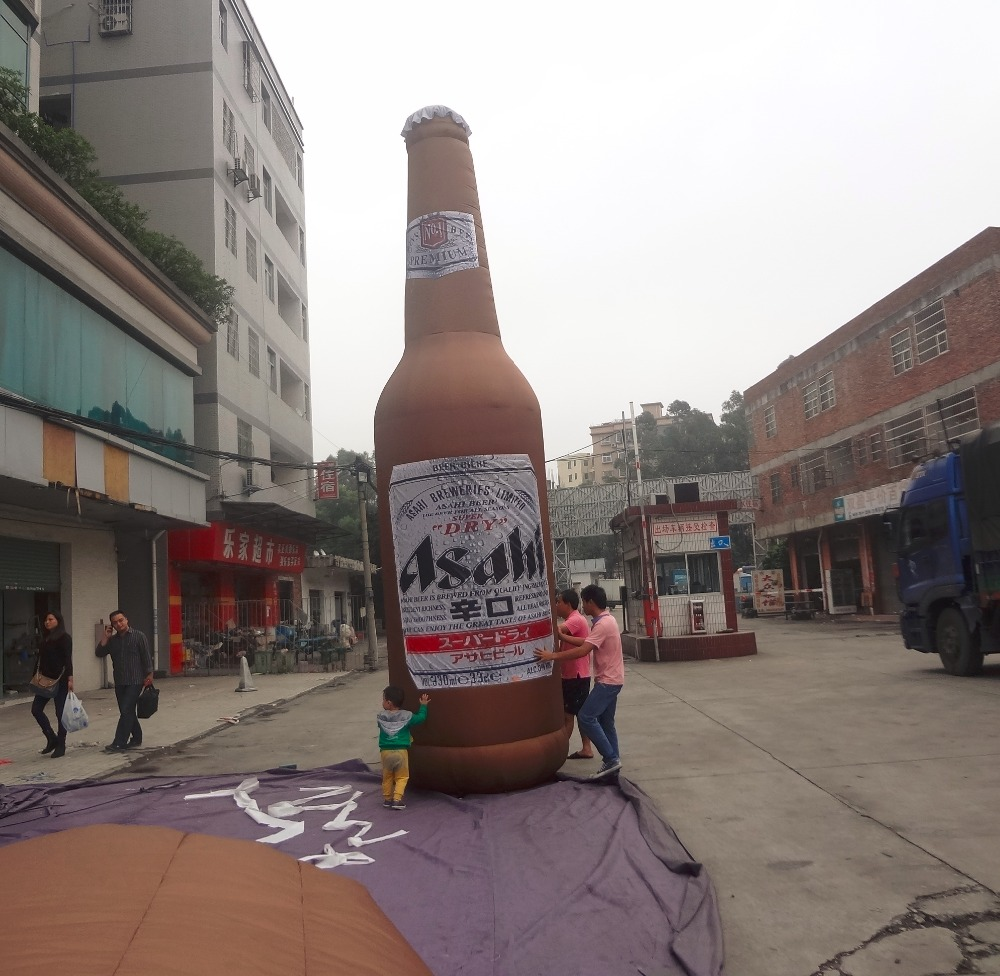 inflatable giant bear bottle / advertising inflatable bottle replica