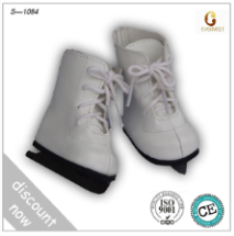 ice skate shoes.png