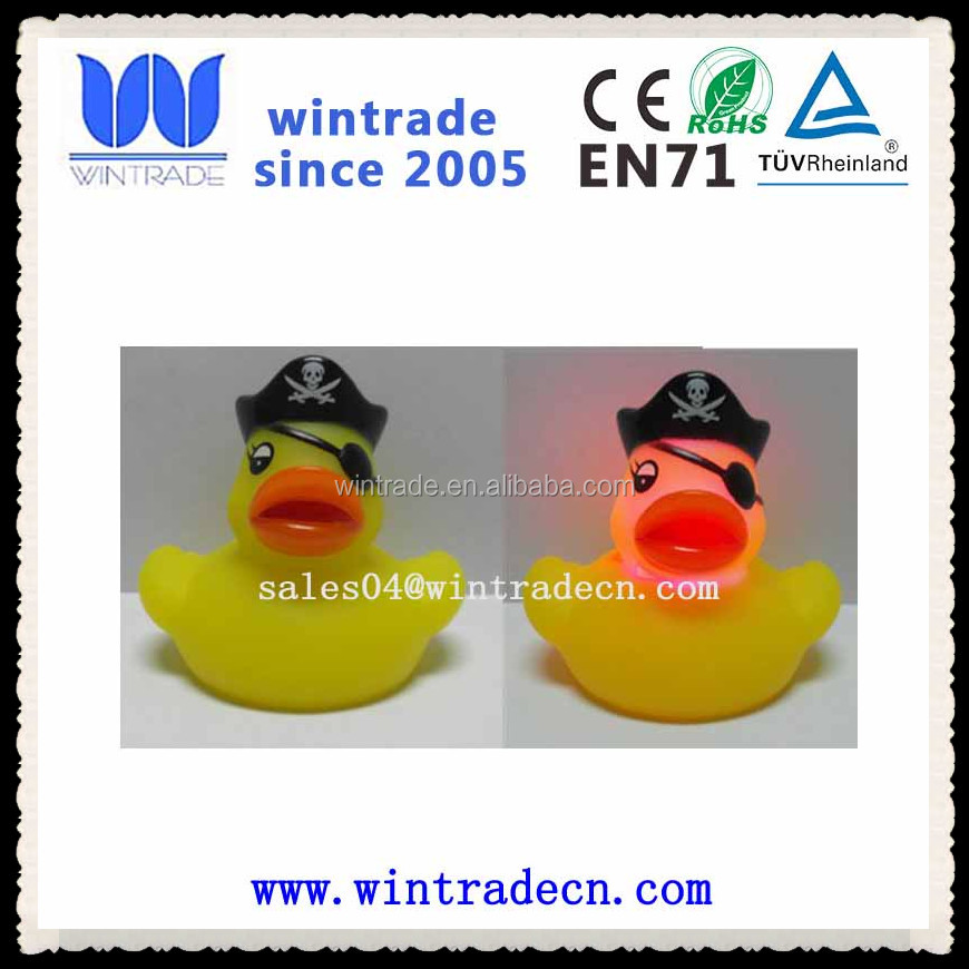 bath kid toy,plastic pirate duck,flashing rubber duck