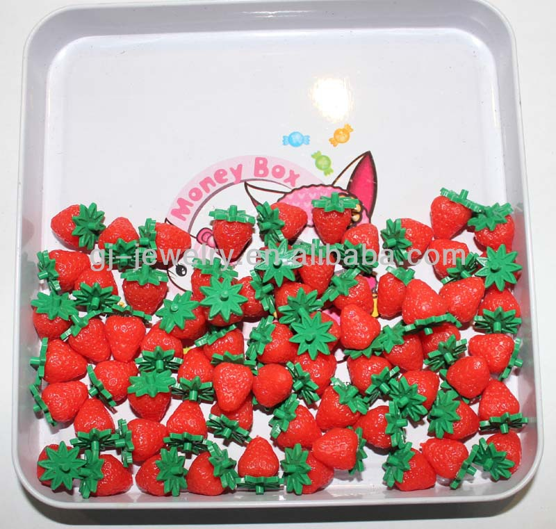 Decorative artificial fruit slices Fake strawberry leaves Fake fruit model New style