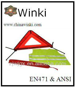 Car Emergency Safety Kits And Warning Triangle
