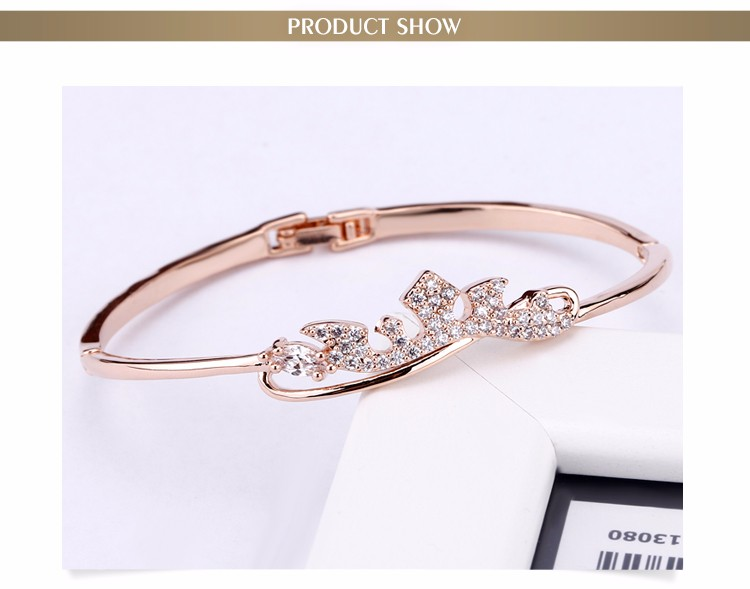 Fashionable New Arrival Famous Brand Jewelry Alloy Bracelet AAA Zircon Micro Paved Crown Bangle With Clasp