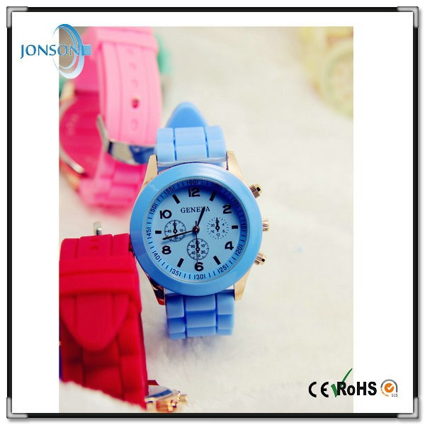 Luxury CE ROHS silicone rubber ladies geneva quartz watches mens from China factory