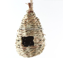 Hanging Woven Grass Bird Nest House Roosting Pockets