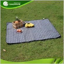 High quality cheap plaid printed portable fleece outdoor picnic blankets wholesale