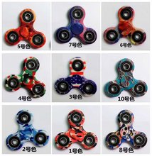 ABS Triangle 608 Bearing Gyro Finger Spinner toy