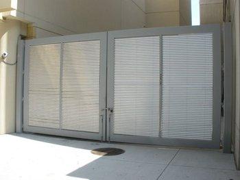Gates Steel Gates Suppliers Uae Industrial Gates Swing