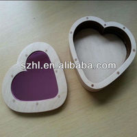 Clear heart shape acrylic display gift box for wedding