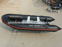 Water inflatable boat