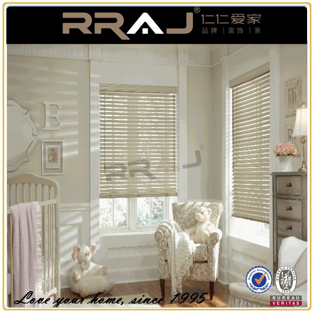 horizontal venetian white pine wood blinds