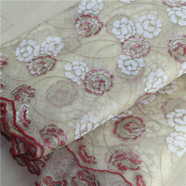 n068 New design high quality flowers with sequins embroidery designs new flower design lace fabirc