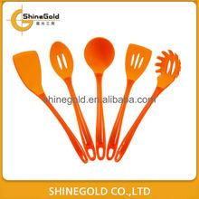 kitchen plastic utensil set