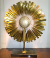 Modern handicraft painted sun flower metal art sculpture