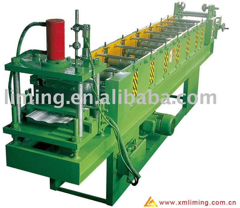 Aluminum wall panel machine