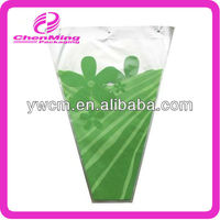 China yiwu printed color plastic bouquet sleeves