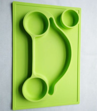 BPA Free Wholesale Non-slip Food Car Shape Silicone Placemat with Plate