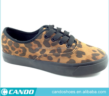 Leopard impreso mujeres vaquero canvas shoes