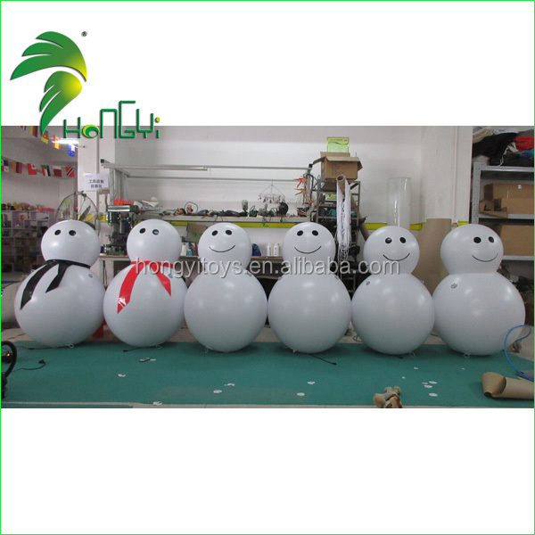 Attractive LED Light Inflatable Snowman , Inflatable Christmas For Decoration