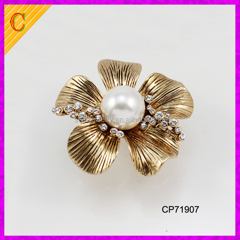 High quality wholesale large pearl brooch antique gold and crystal brooches