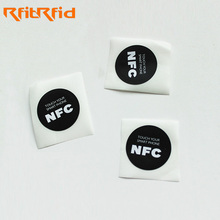 Customized 13.56mhz passive tag disposable Ntag215 nfc tag sticker