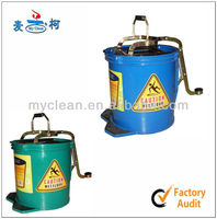 Promotion Hand-free Portable 16L Plastic Mop Bucket Wringer With Wheels