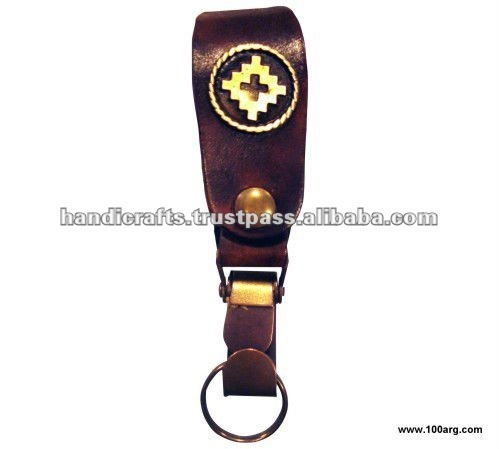 KEY HOLDER IN ECOLOGICAL LEATHER 'MOSQUETON', 'GAUCHO' DESIGN