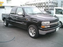 2002 CHEVORET SILVERADO AWD Pick Up LHD JAPANESE USED CAR