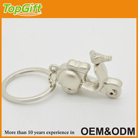 3d custom metal keychain in motocycle shaped for promotion gift