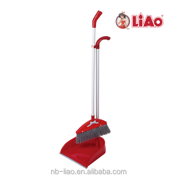 Dustpan and Broom Set C130012
