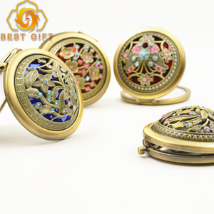 Personalized Cheap Antique Bronze Hollow Out Round Shape Metal Compact Pocket Mirror